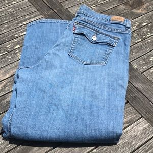 Levi's 513 Perfectly Slimming Boot Cut Jeans 18 A